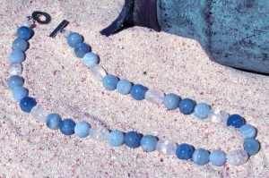 crackled_quartz_aquamarine_and_kyanite_necklace
