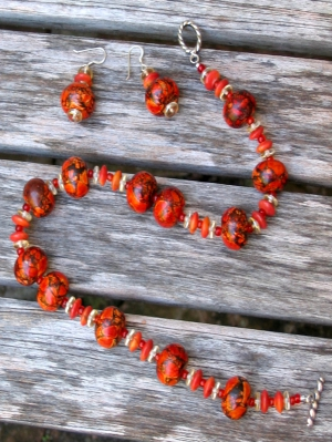 amber_necklace_and_earrings